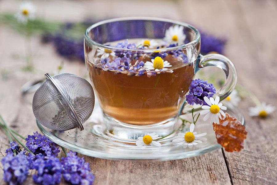 Výsledek obrázku pro heřmánek levandule čaj