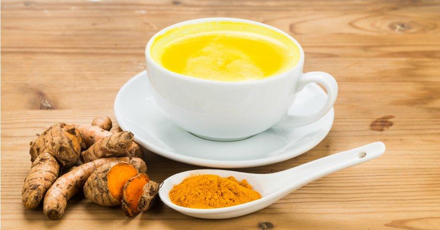 Zlaté mléko - zázračný nápoj pro váš spánek